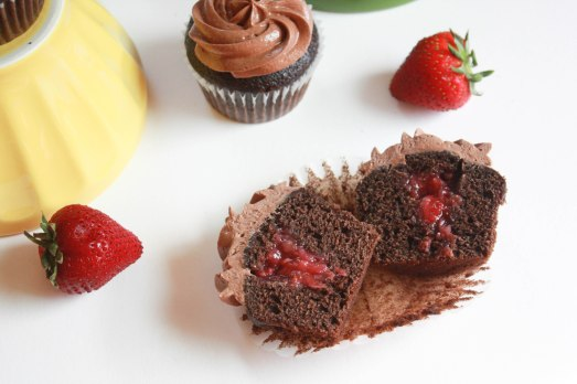 Chocolate Strawberry Cupcakes ~ Annie's Cooking Lab