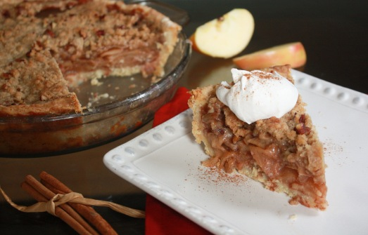 Southern Comfort Apple Pie ~ Annie's Cooking Lab