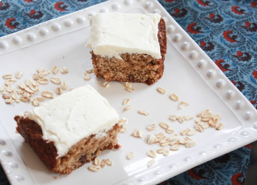 Oatmeal Raisin Cake ~ Annie's Cooking Lab